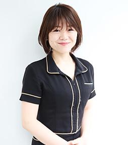 川村 麻里子