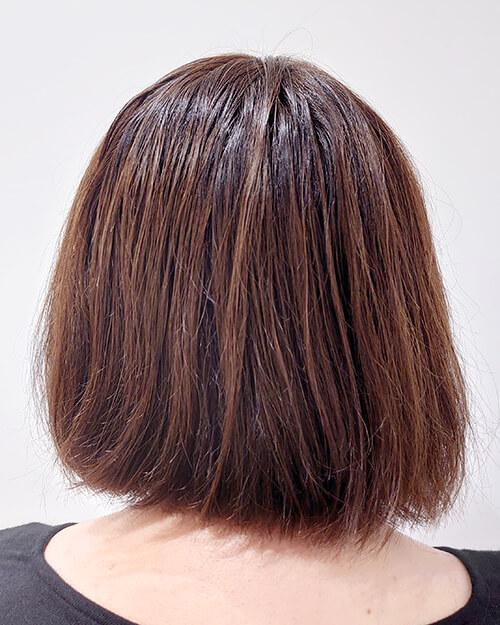 広がりやすくハネやすい髪の毛